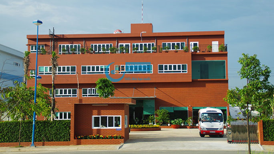 Nhà máy sản xuất thiết bị Y tế UHC